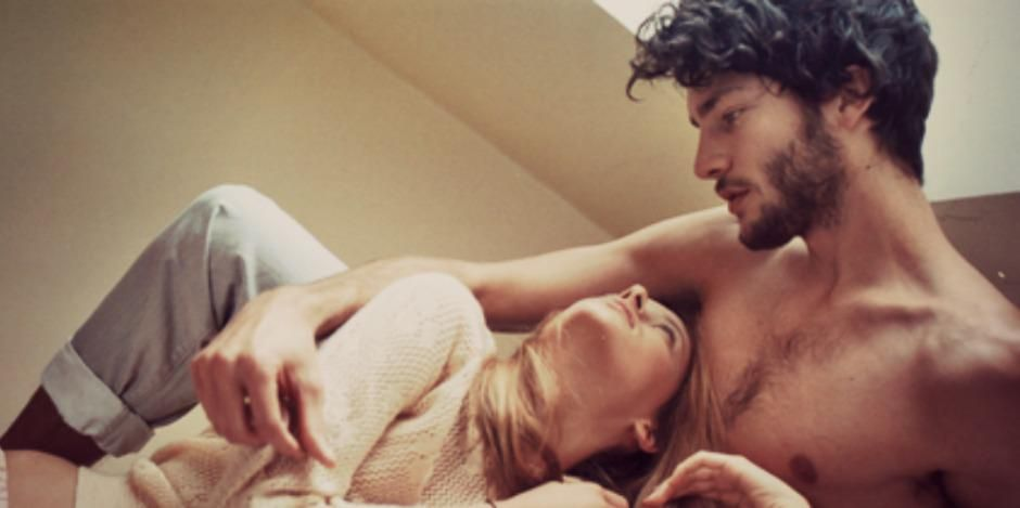 15 Worst Types Of Bedroom Advice We've Been Given
