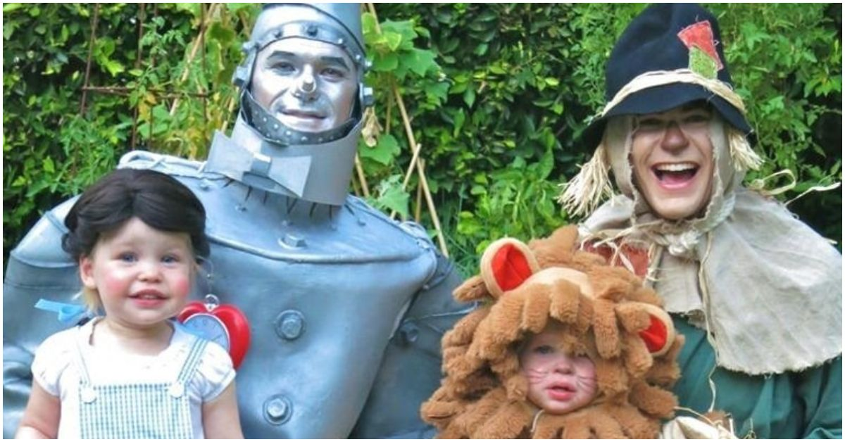 20 Celebs Who Slayed The Group Halloween Costume Pic With Their Families