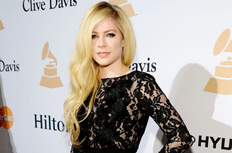 Avril Lavigne and Media Wall